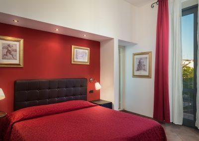 camera-matrimoniale-superior-letto