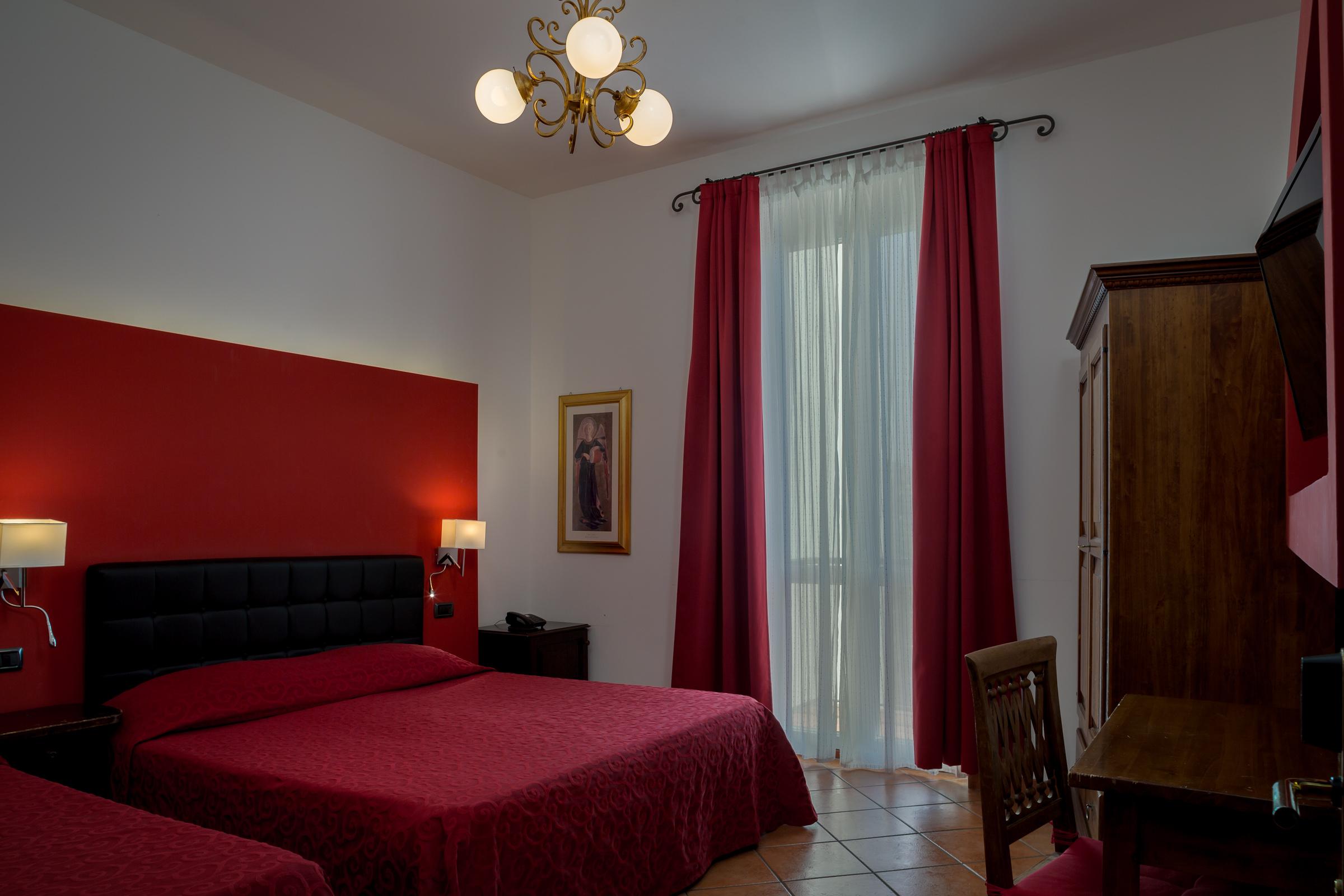 camera-tripla-letto